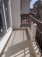 13F2U00418: Balcony 1