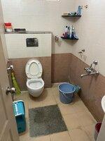 15S9U00435: Bathroom 1