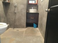14J1U00403: Bathroom 4