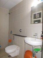 14DCU00571: Bathroom 2