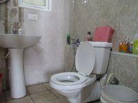 12J6U00423: Bathroom 1