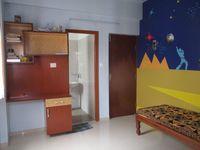 12J6U00423: Bedroom 2