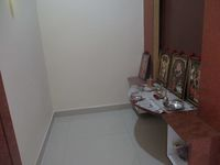12J6U00423: Pooja Room 1
