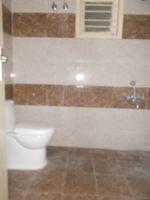 13M3U00001: Bathroom 2