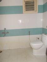13M3U00001: Bathroom 1