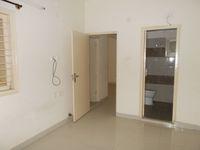 13M3U00001: Bedroom 2