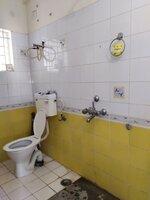 15A4U00303: Bathroom 1