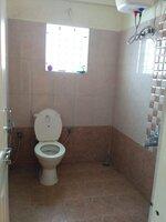 15A4U00243: Bathroom 2