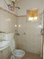 10J7U00278: Bathroom 1