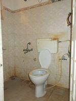 10J7U00278: Bathroom 4