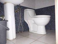 13A8U00098: Bathroom 2