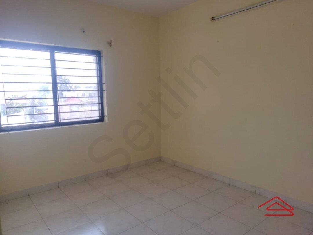 15F2U00431: Bedroom 1