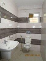 15J7U00177: Bathroom 1
