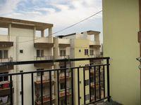 10F2U00186: Balcony