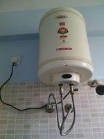 13M5U00797: Bathroom 1