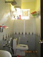 15S9U00942: Bathroom 2