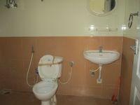 11NBU00707: Bathroom 1
