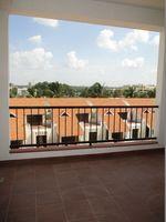402: Balcony 1