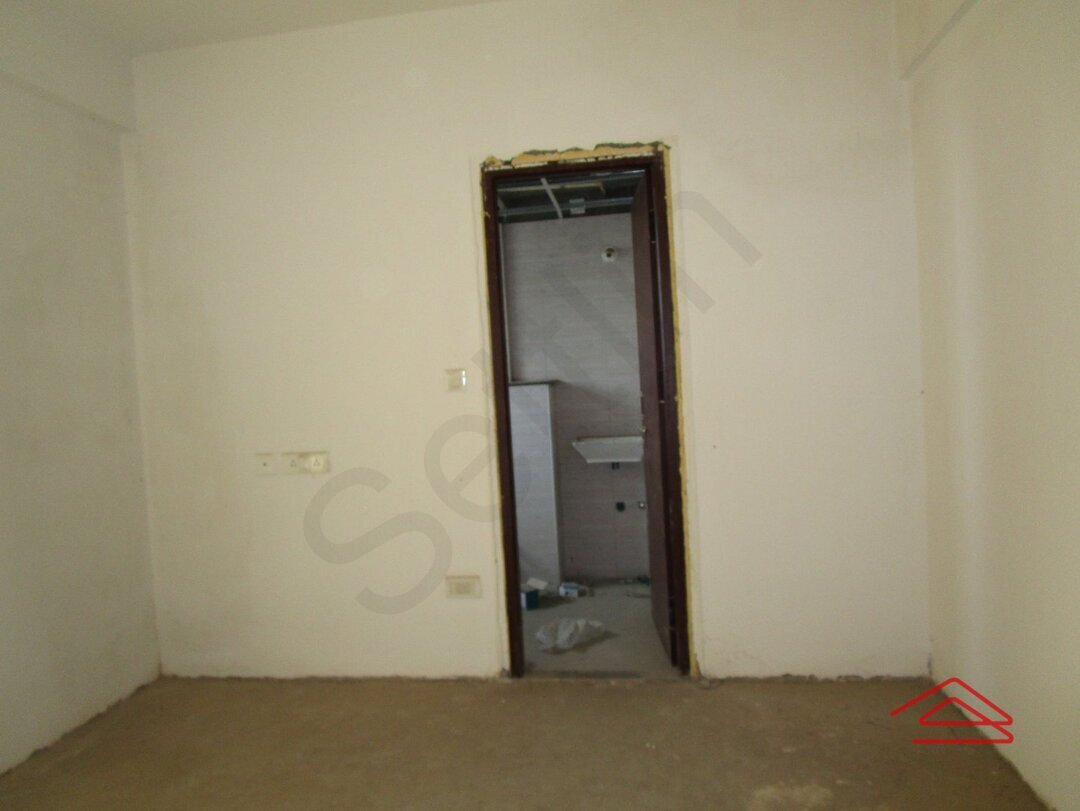 13F2U00420: Bedroom 1