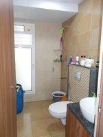 13NBU00046: Bathroom 2