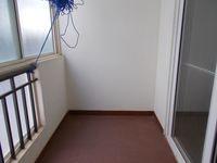 12OAU00081: Balcony 1