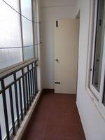 12OAU00081: Balcony 4