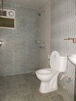 12OAU00081: Bathroom 2