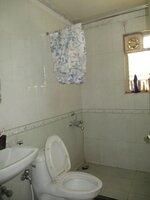 15A4U00426: Bathroom 2