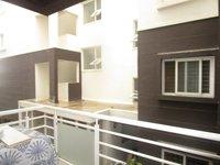 13NBU00281: Balcony 1
