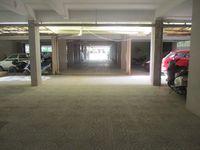 10A8U00171: parking