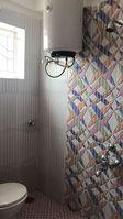 13A4U00079: Bathroom 2