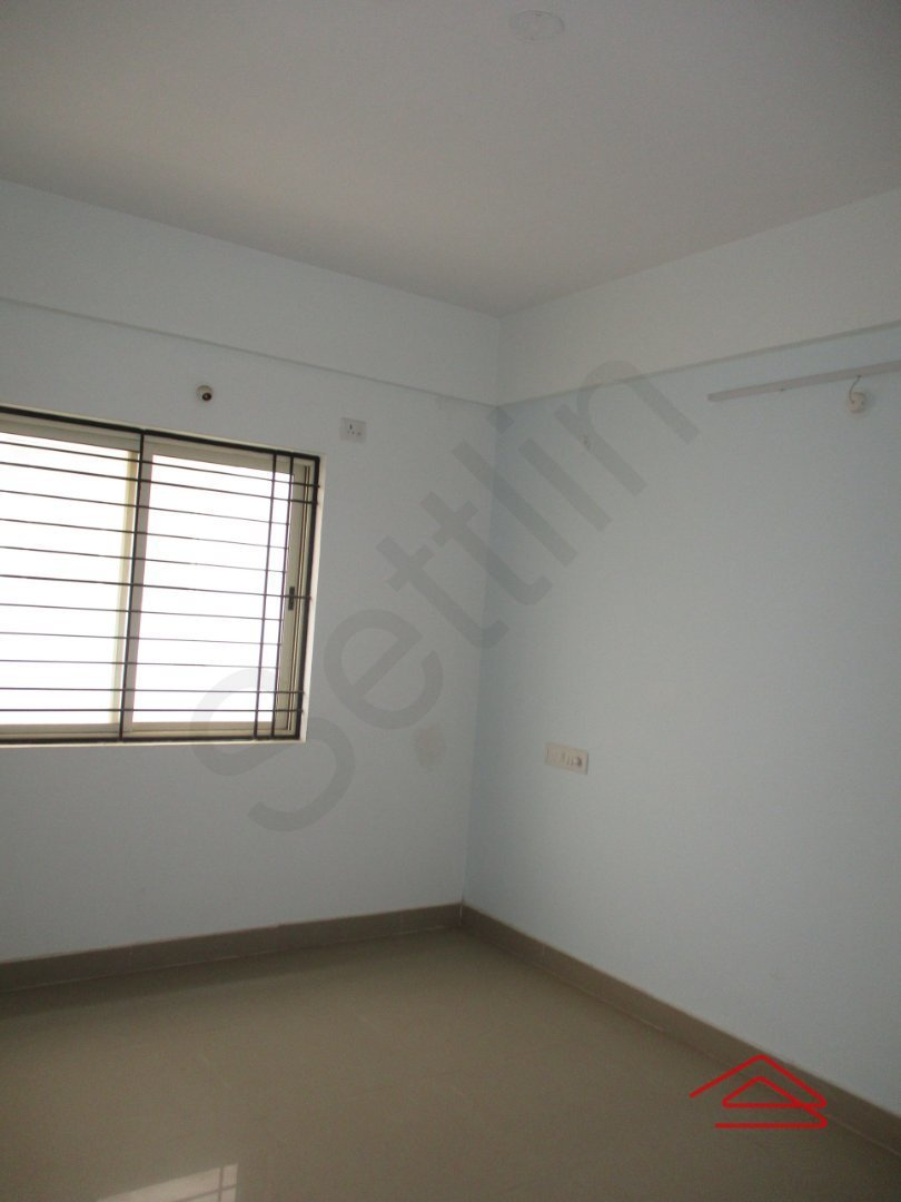 14F2U00502: Bedroom 1