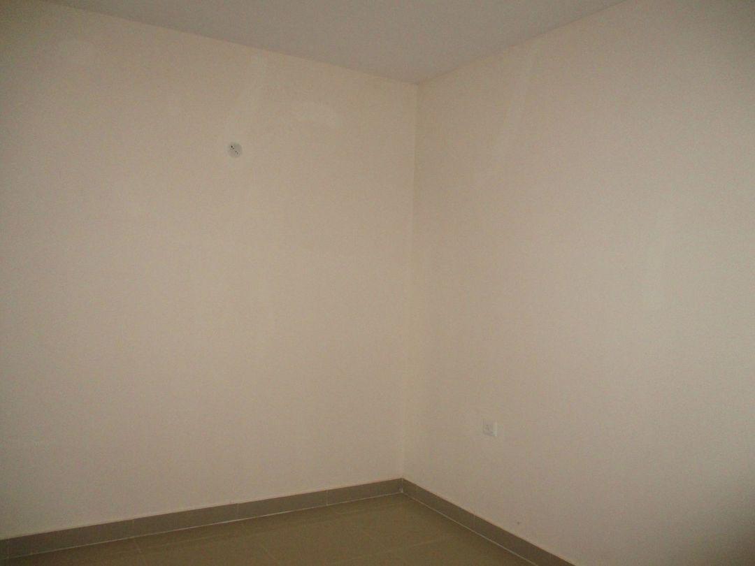 10A8U00194: Bedroom 1