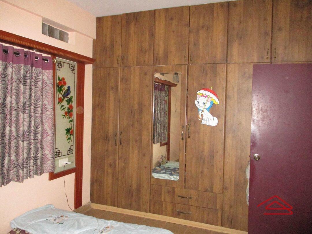 15A8U00171: Bedroom 1