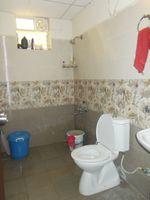 13J6U00227: Bathroom 2