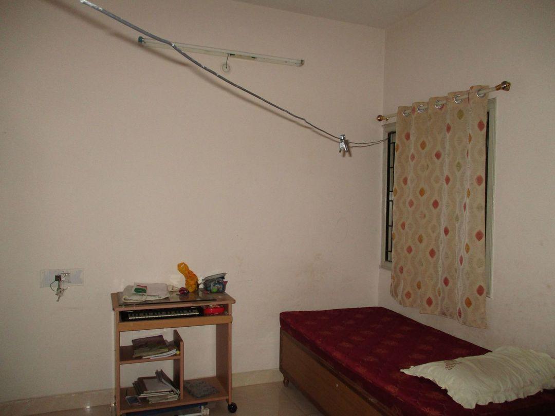 10J6U00497: Bedroom 1
