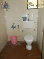 12A8U00112: Bathroom 2