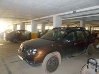 12A8U00112: parking 1