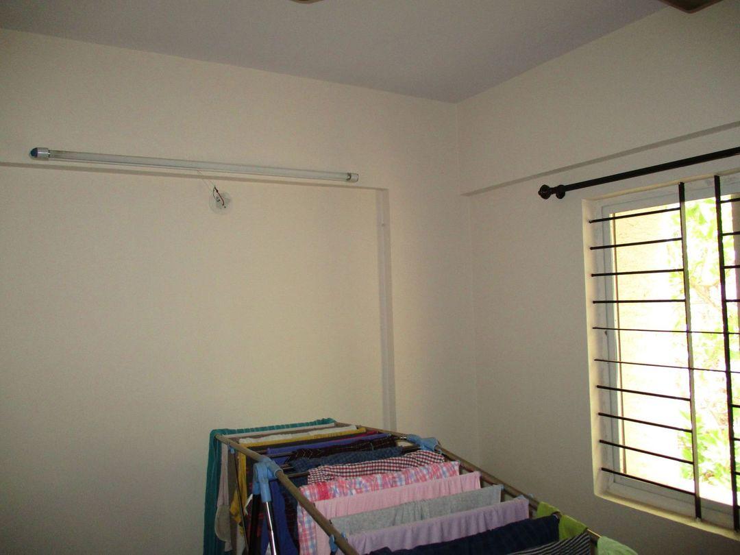 10J7U00074: Bedroom 1