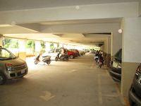 10J7U00074: parking