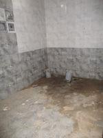 10J6U00455: Bathroom 2