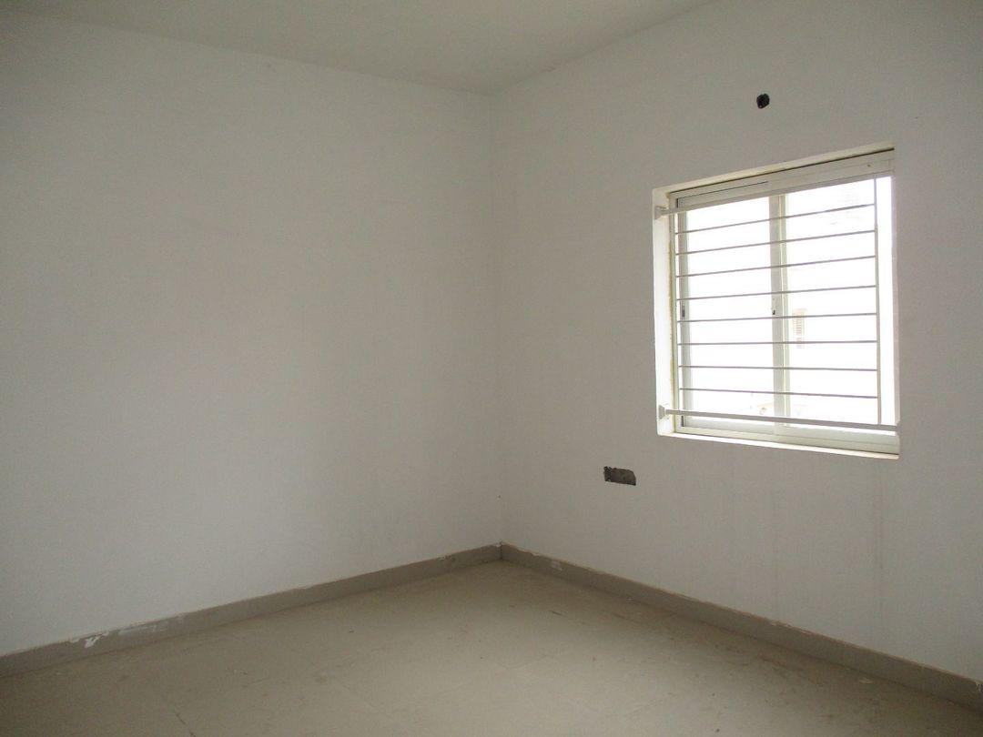 10J6U00455: Bedroom 1