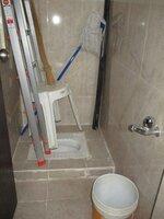 15J1U00309: Bathroom 4