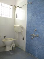 15J7U00714: Bathroom 1