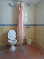 12OAU00226: Bathroom 1