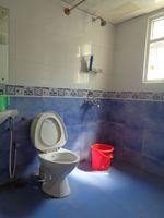 12OAU00226: Bathroom 3