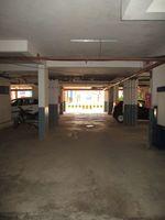 10F2U00083: Parking 1