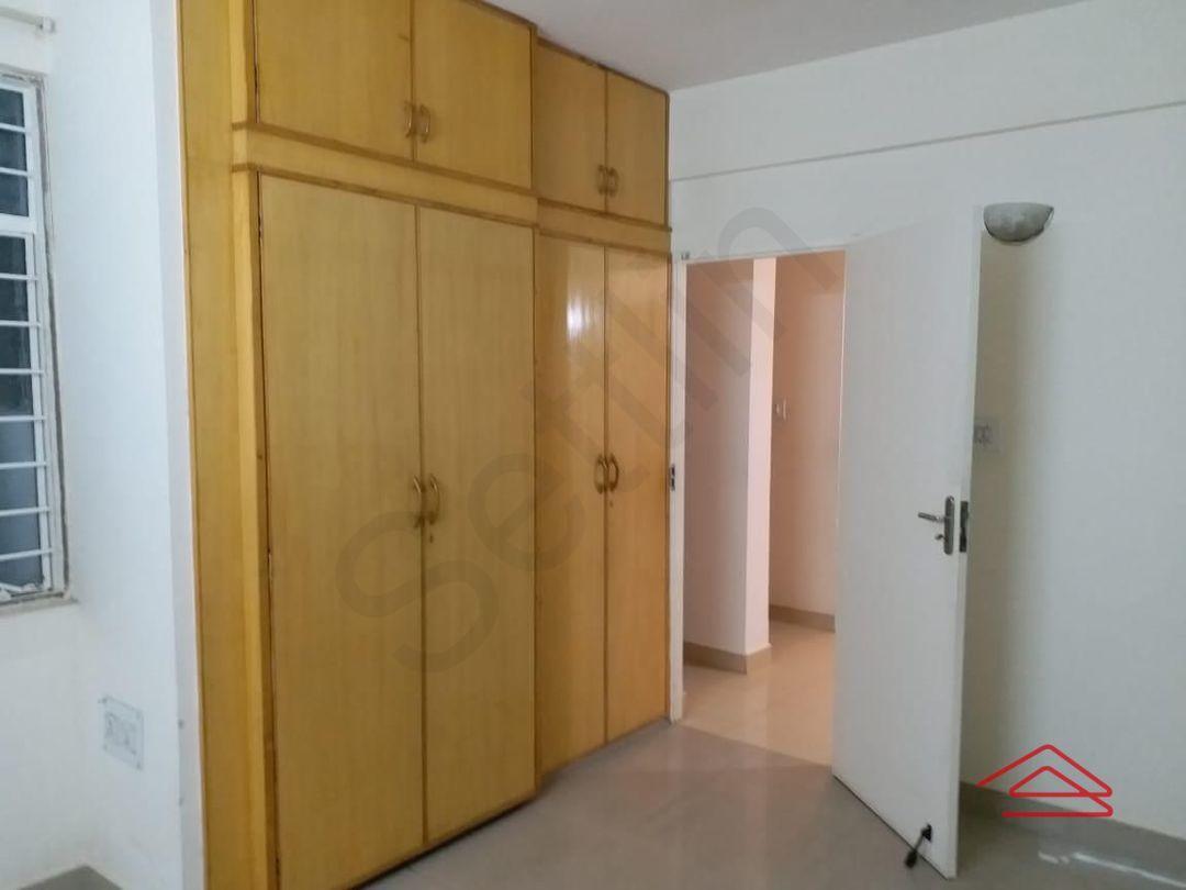13J6U00460: Bedroom 1