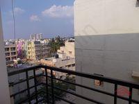 12M3U00142: Balcony 3
