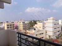 12M3U00142: Balcony 1